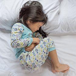 Bóle brzucha u dzieci - okładka
