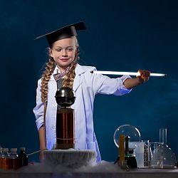 Jak wychować małego fizyka? - okładka